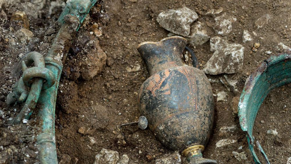 Lavau, une tombe princière celte