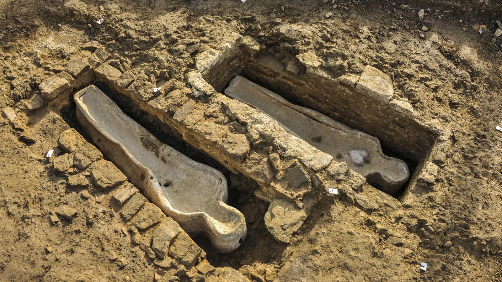 Les sarcophages des comtes de Flers