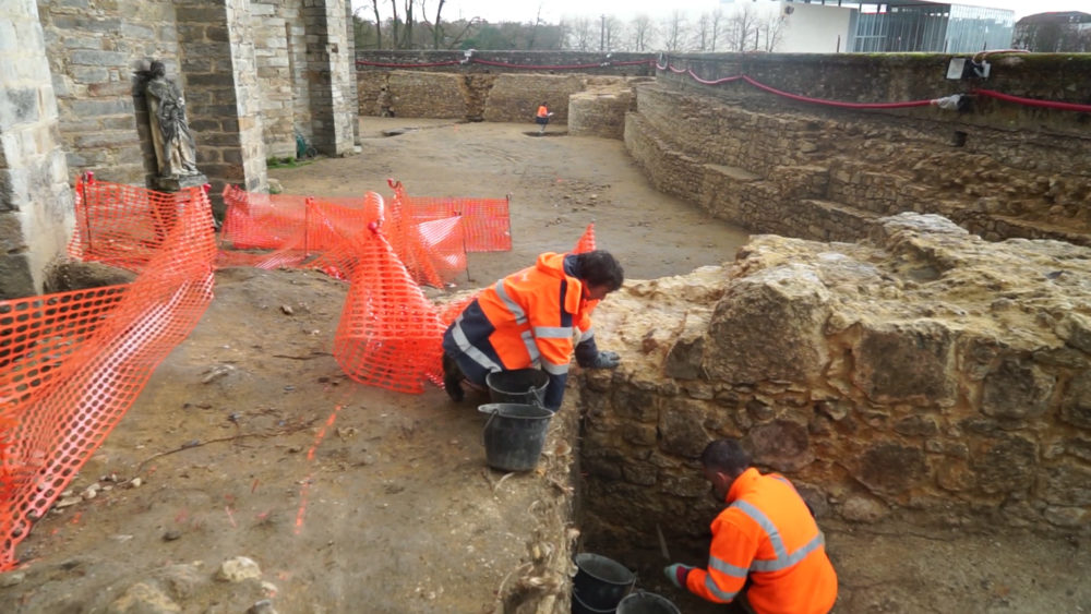 Dig around Le Mans Cathedral